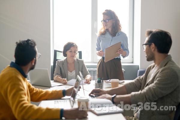 El trabajador en un grupo de empresas