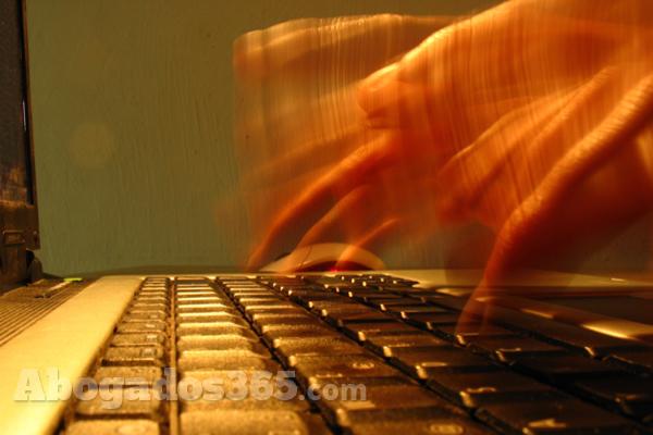 ¿Cómo deben protegerse los bufetes de los ciberataques?
