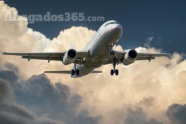 Si este verano viajas en avión, conoce tus derechos