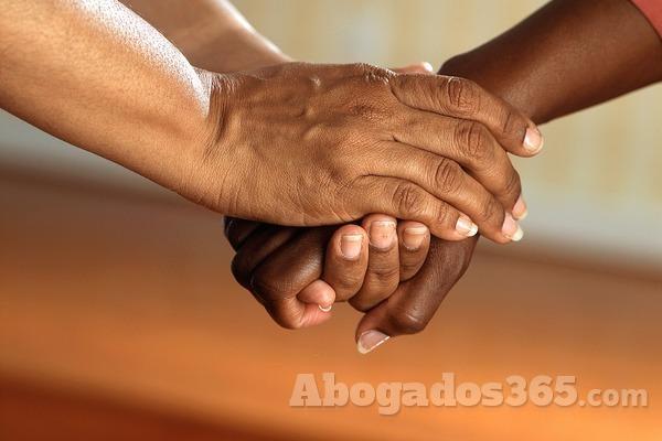 ¿Cómo se regulan las relaciones iberoamericanas?