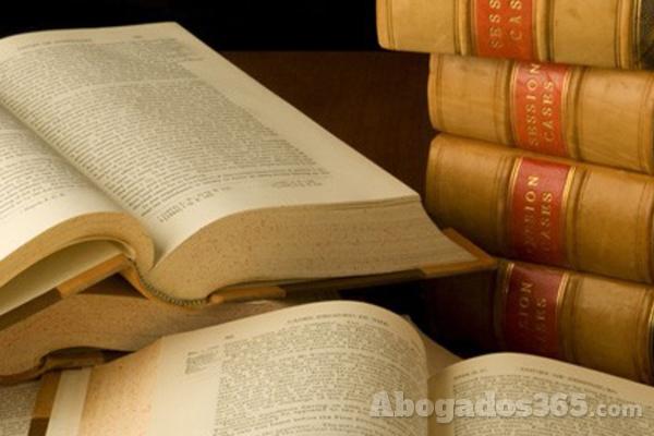 El anteproyecto de Ley de Servicios Profesionales descontenta a los abogados