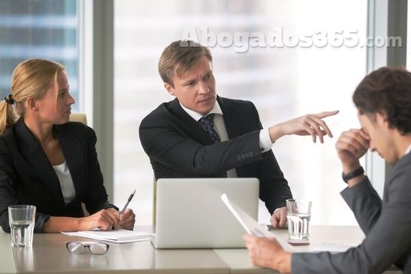 ¿Qué debo tener en cuenta si me han despedido?