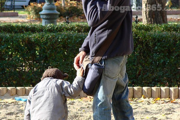 El incumplimiento de acuerdo puede suponer la pérdida de la custodia del menor