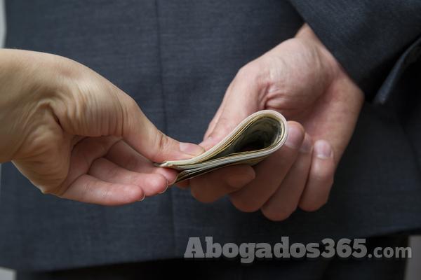 La Ley de Transparencia de Asturias garantiza la confidencialidad del denunciante en situaciones de corrupción