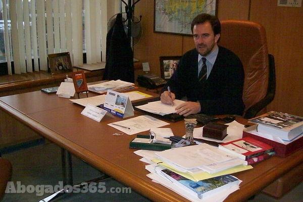 La Función Pública desempeña su trabajo en el área de administración del Estado